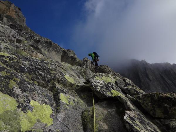 anregende Kletterei entlang dem SE-Sporn