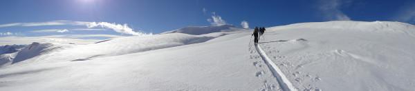 Skitourenidylle im Schons