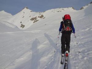 Dank seinem niedrigen Gewicht ein perfekter Ski für lange Aufstiege...