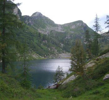 Der Lago Alzasca, einer der schönsten Bergseen im Tessin, oberhalb der Capanna Alzasca, der wohl schönsten Hütte des Tessin. Foto von Simona.