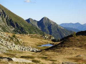 Die Laghi Alpe Spluga oberhalb von Giumaglio von Leser Jakob. Der perfekte Ort um in der Morgensonne sein z'Morge zu essen.
