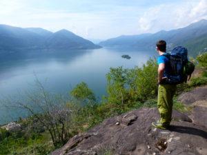 Aussicht vom Klettergarten Balladrum auf den Lago Maggiore. Der Klettergarten im Tessin mit der wohl schönsten Aussicht. eingesandt von Simone.